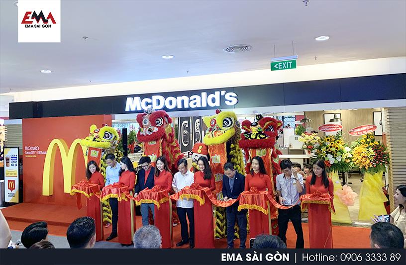 Tổ Chức Lễ Khai Trương shop Mc Donald's Giga Mall